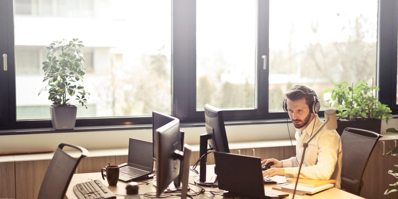 E Payroll: 5 Online Payroll Services